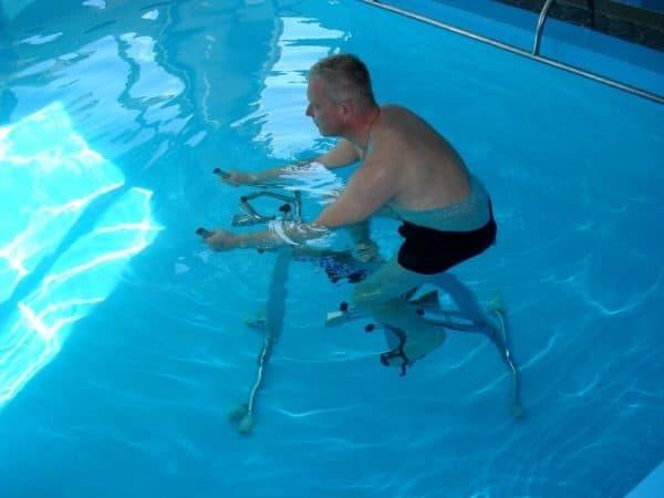 лечебная гимнастика в воде