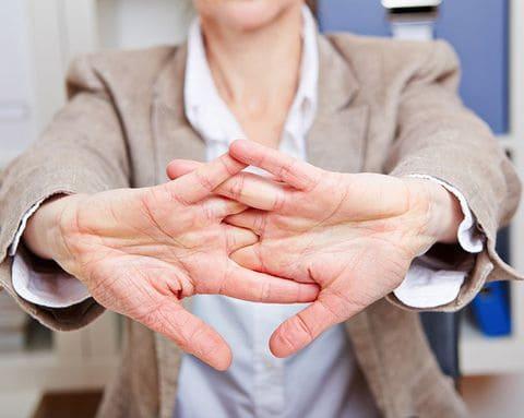 хруст суставов не вызывает артрит