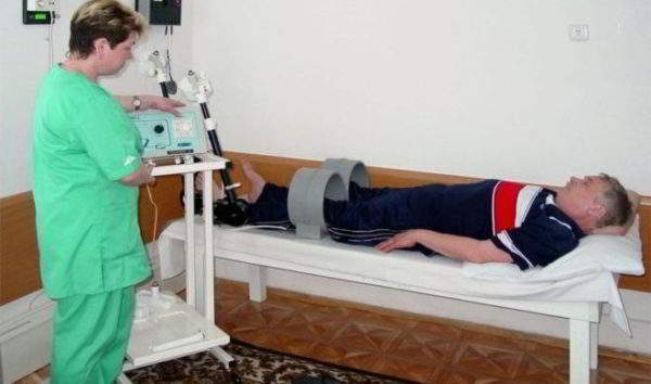 ЛФК и физиотерапия при коленном артрозе