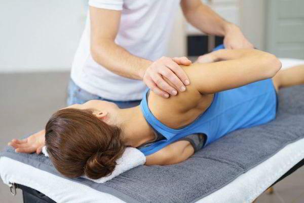 Жидкость в плечевом суставе