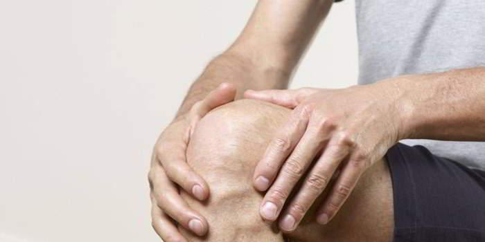 Супрапателлярный бурсит коленного сустава — симптомы и лечение